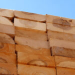 What You Need to Know About Buying Wooden Pallets